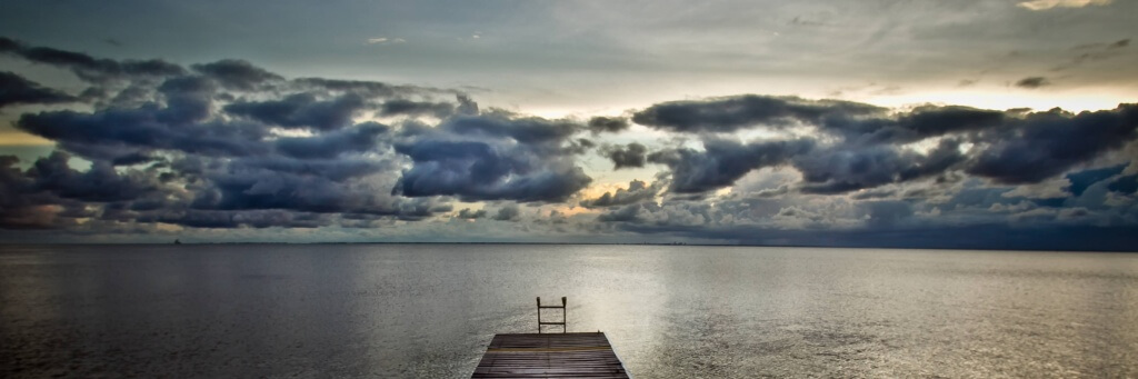 landscape-photography-sittin-on-the-dock-of-the-bay