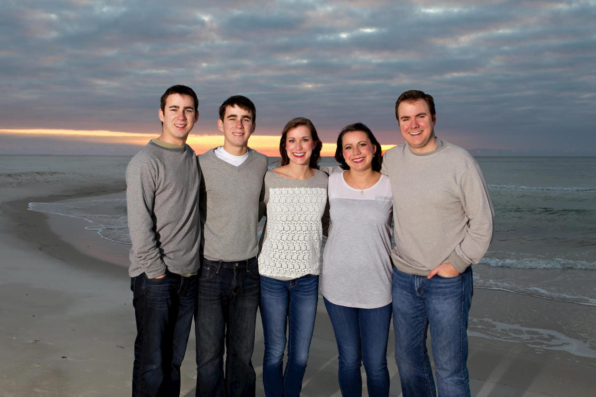 Gulf Shores family portraits 214201-14