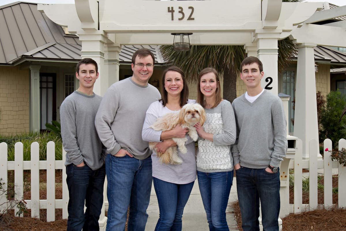 Gulf Shores family portraits 214207-121