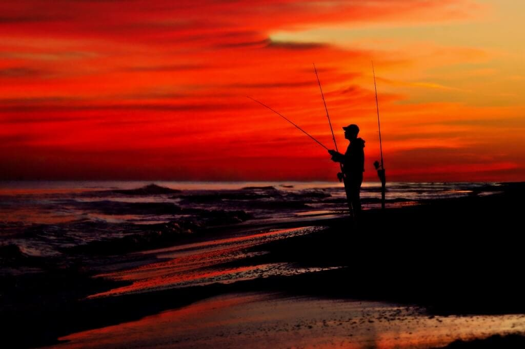landscape-photography-red-skies-at-night-fishermans-delight